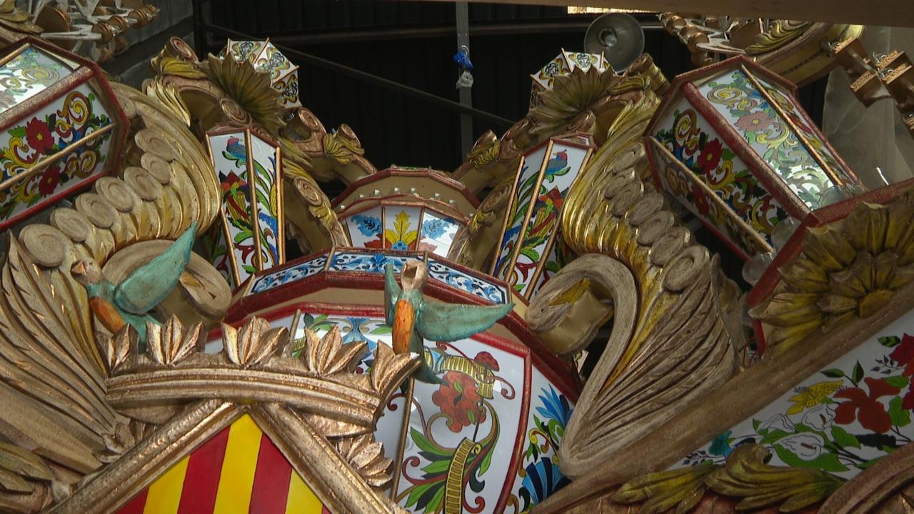 Els artistes proposen il·luminar els balcons en la no Magdalena