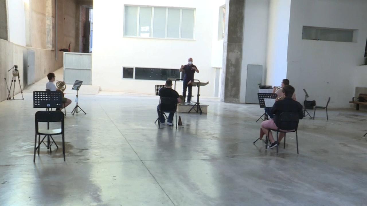 La Banda Simfònica de la Unió Musical de Llíria reprén els assajos col·lectius