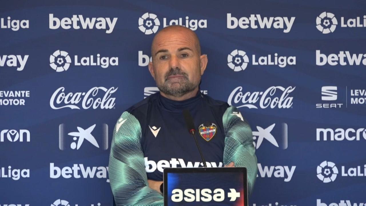 Paco López, en la roda de premsa prèvia al partit amb el Celta
