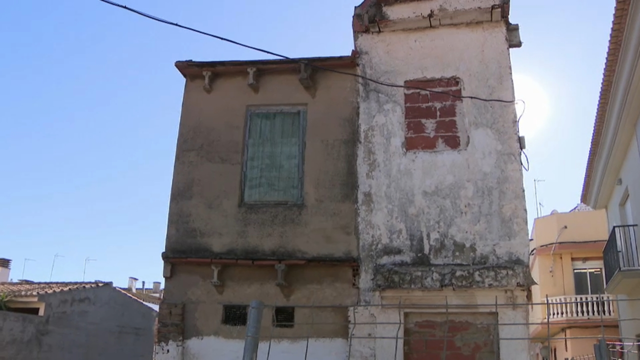L'Ajuntament vol desallotjar els propietaris, però no han arribat a un acord
