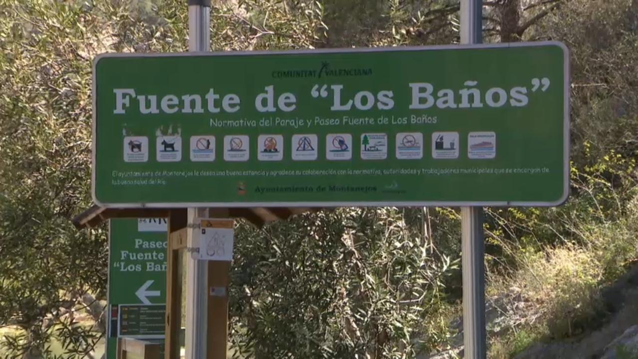 Entrada a la font de Los Baños