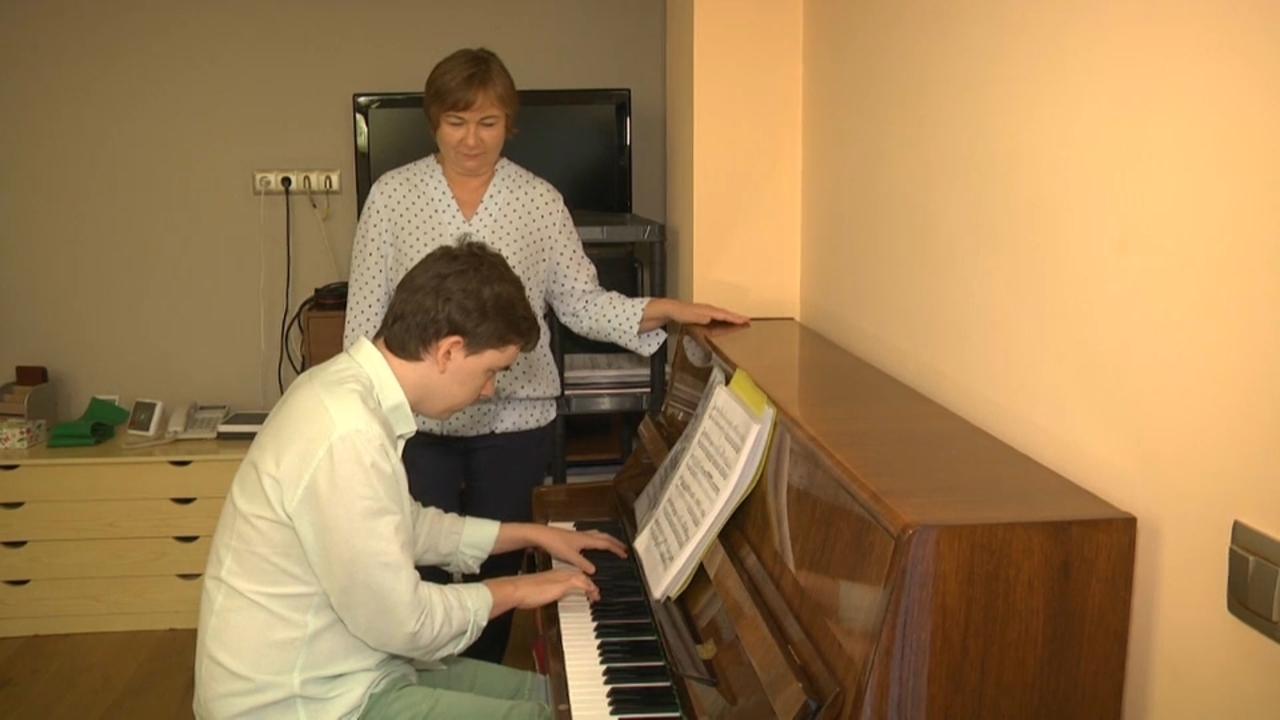Pau i Egor han millorat la forma de relacionar-se gràcies a la música