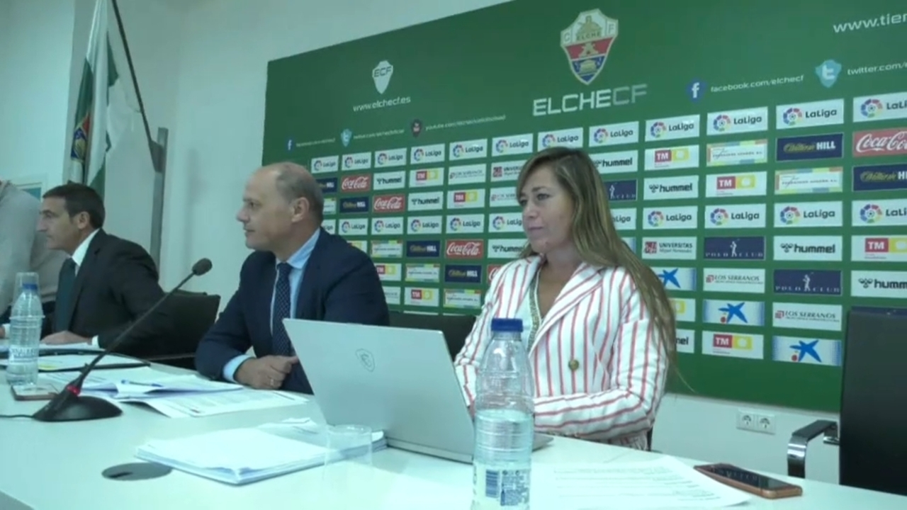 La directora general de l'Elx CF es presenta com a candidata a la vicepresidència de la Lliga