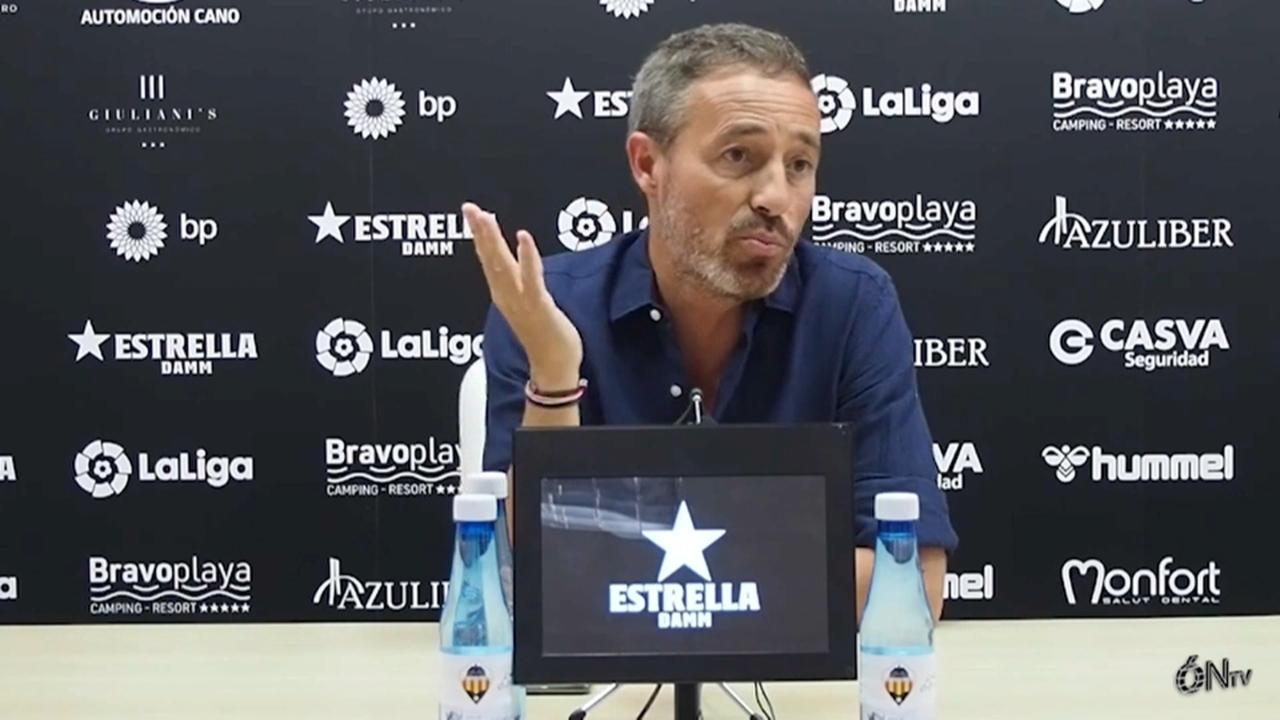 L'entrenador del Castelló assegura que l'equip no s'ha afonat després de les últimes derrotes en Lliga