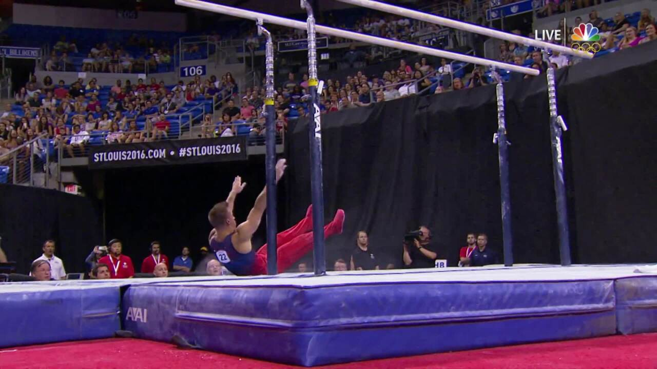 Men's Gymnastics Olympic Trials | Sam Mikulak Falls On Parallel Bars Landing
