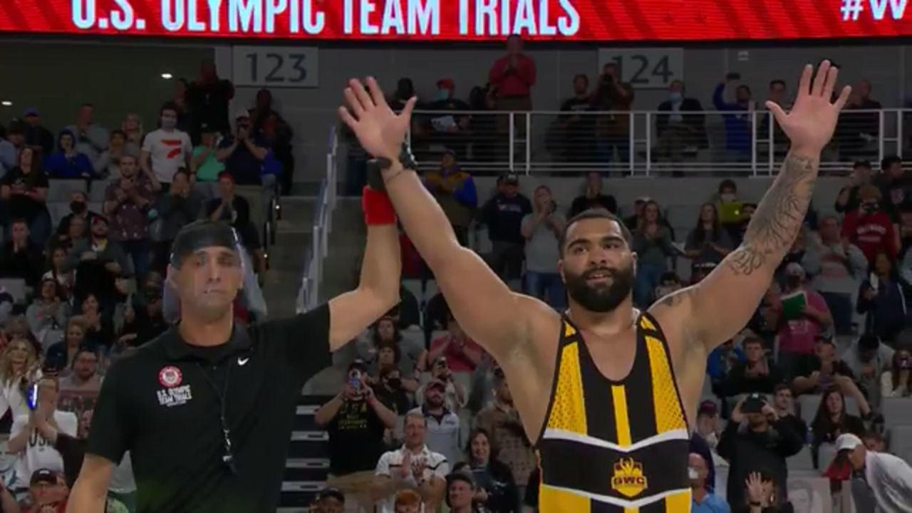 Gable Steveson VS Nick Gwiazdowski - Men's Freestyle (125 kg) | Wrestling U.S. Olympic Team Trials 2020