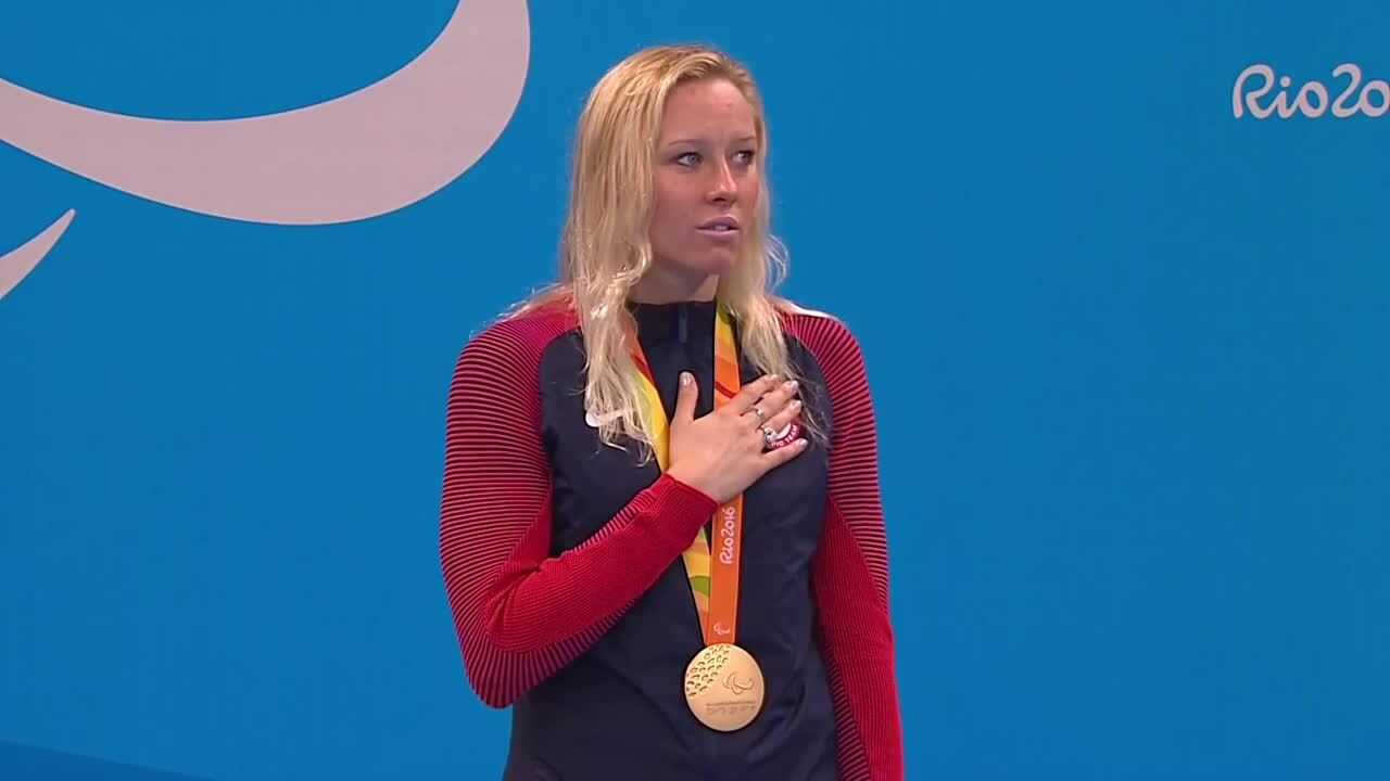 Jessica Long | Women's 200m Individual Medley SM8 Final Gold Medal Ceremony | 2016 Paralympic games