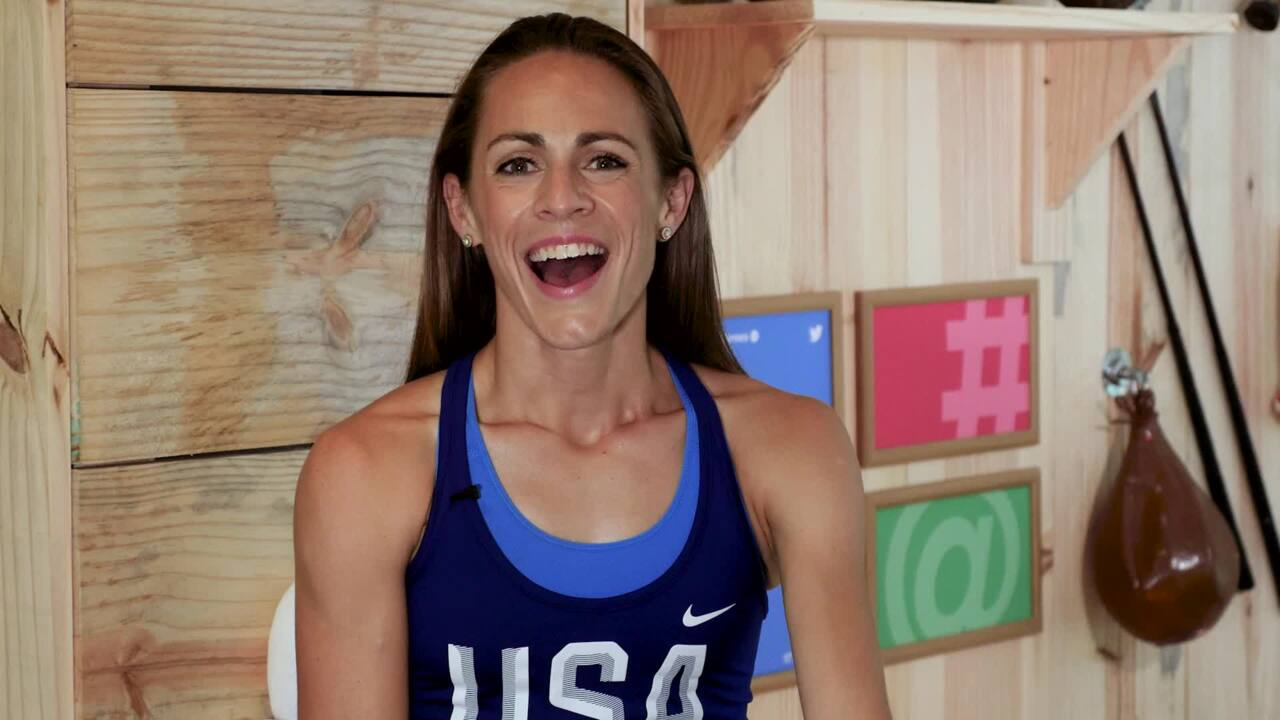Jenny Simpson's Sister Provides Her Plenty Of Inspiration
