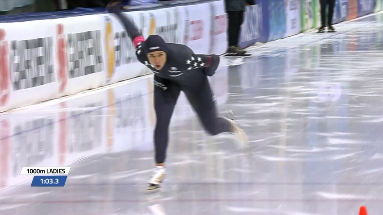 Brittany Bowe skates for GOLD in the 1000m