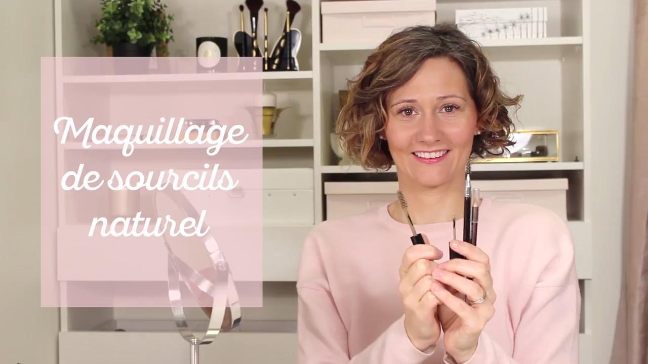 Maquillage de sourcils au naturel