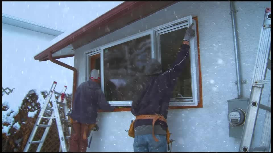 Osi Quad Max 9 5 Fl Oz Yellow 641 Exterior Interior Window Door And Siding Sealant 12 Pack 2249441 The Home Depot