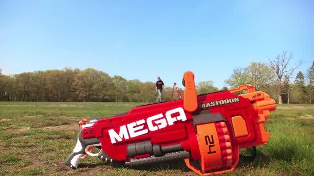 Behind The Blaster: Nerf MEGA Mastodon