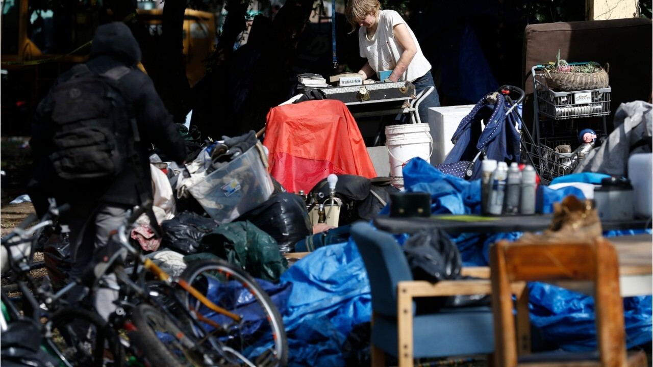 California moving homeless to hotels, in scramble to prevent coronavirus explosion on the streets