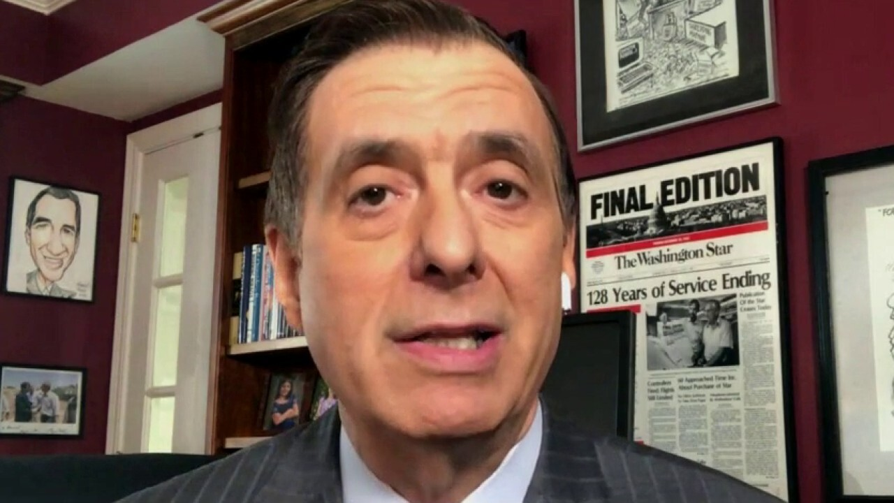 Howard Kurtz 'disappointed' in Couric and others for call to 'deprogram' Trump backers