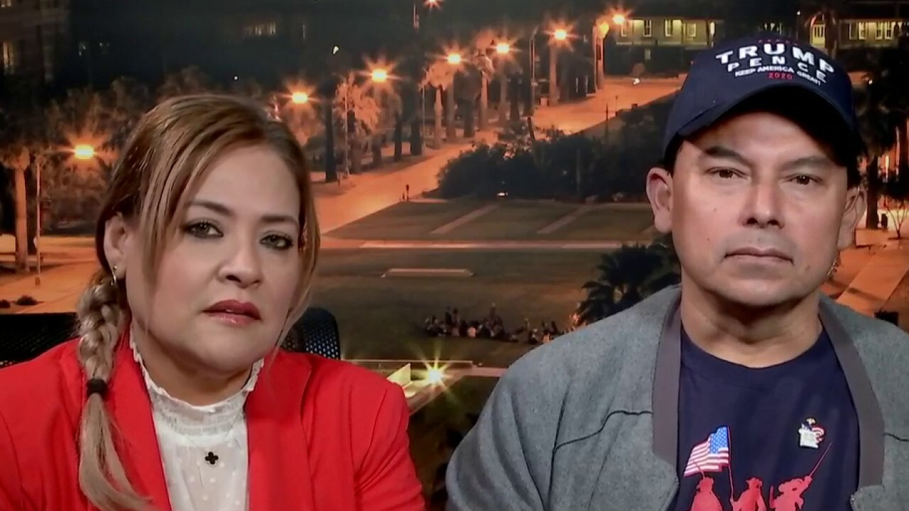Jorge and Betty Rivas, owners of Sammy's Mexican Grill in Arizona, tell their story on 'Fox & Friends.'