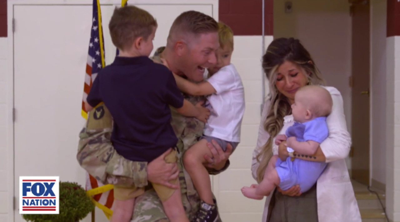 Patriot Awards 2020: Army Capt. John Klein reunited with his family