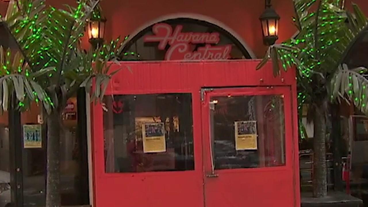 Multiple US states closing bars, restaurants amid coronavirus outbreak