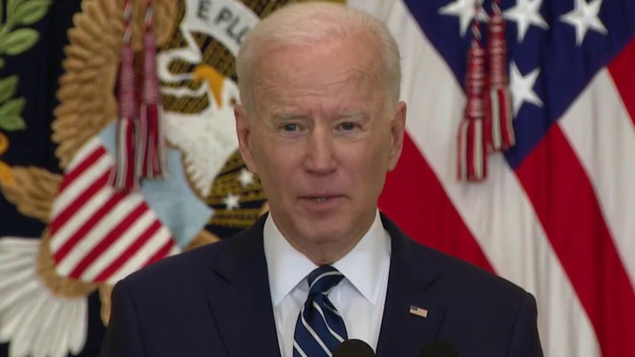Senate Republicans call for Biden to restore Trump-era government transparency order