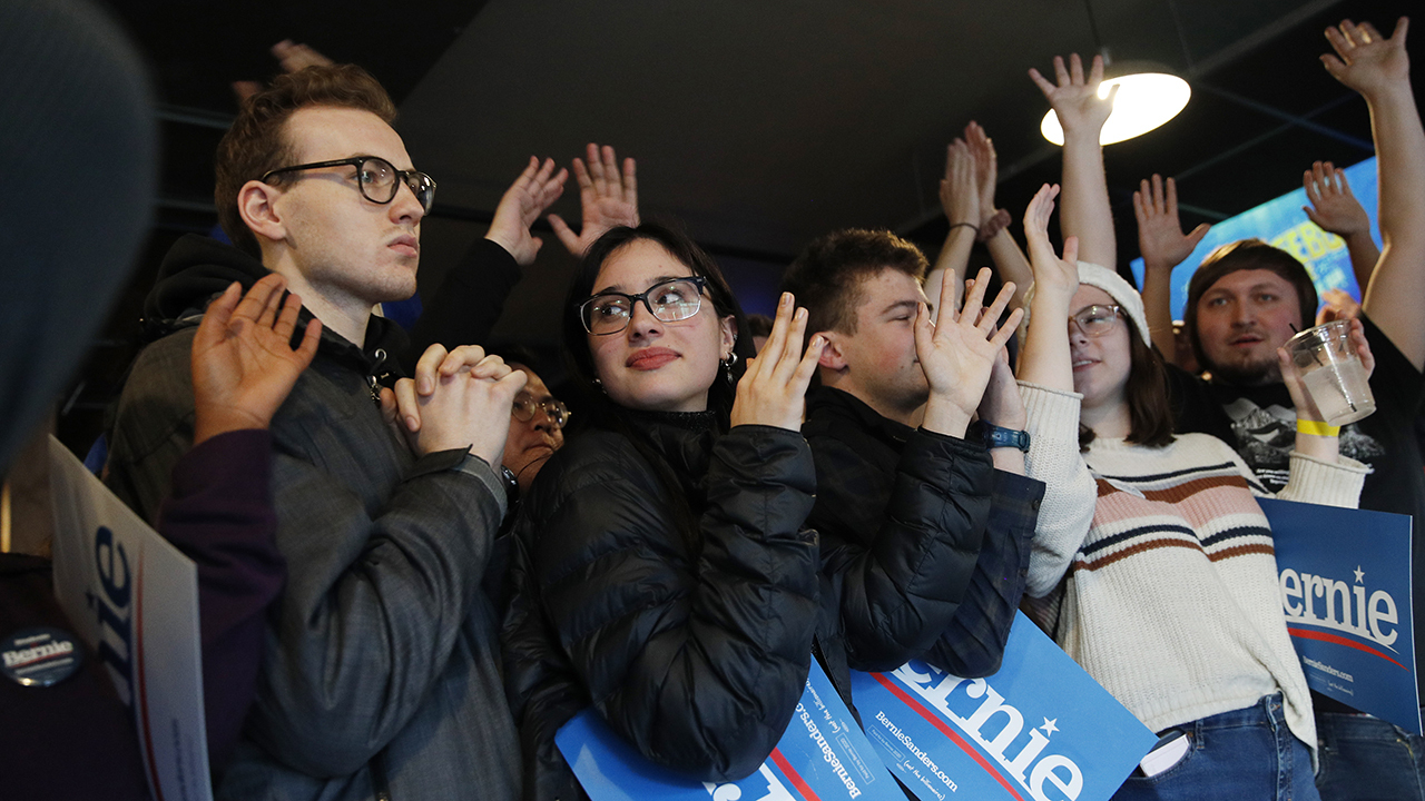 Bernie supporters cry conspiracy after Des Moines Register abruptly cancels final Iowa poll