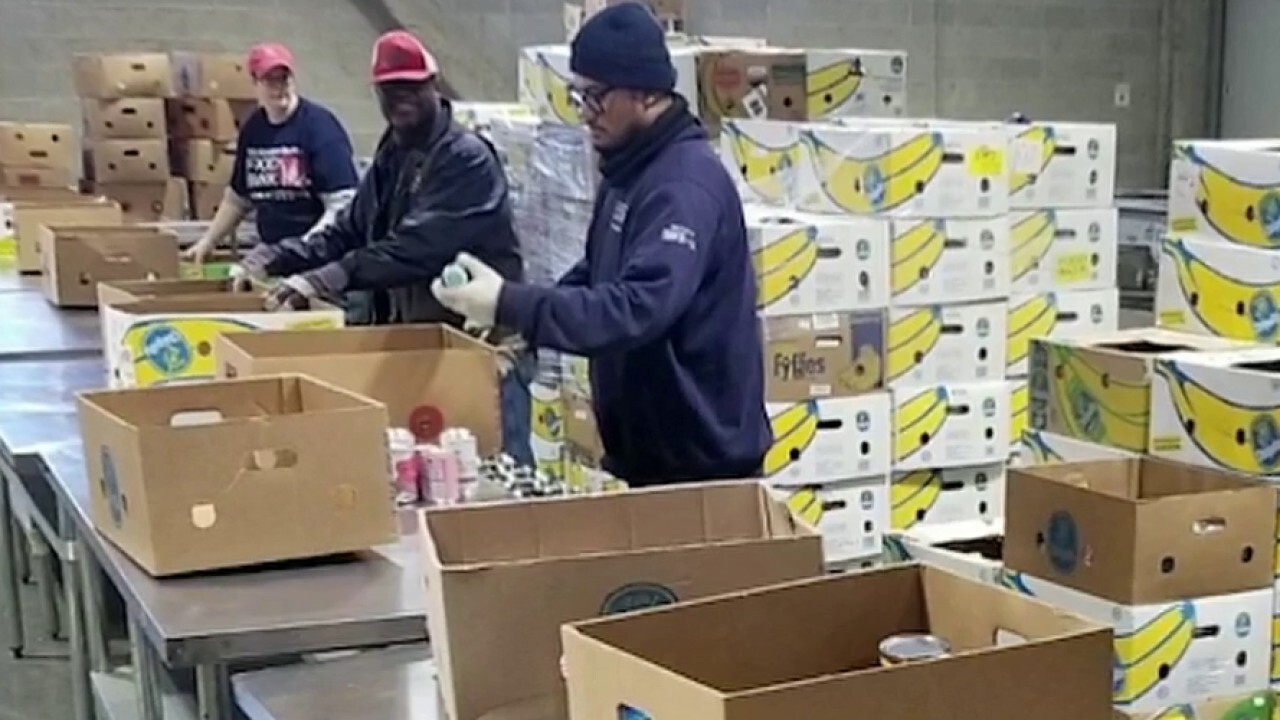 Spike in demand at food banks across country amid COVID-19 outbreak