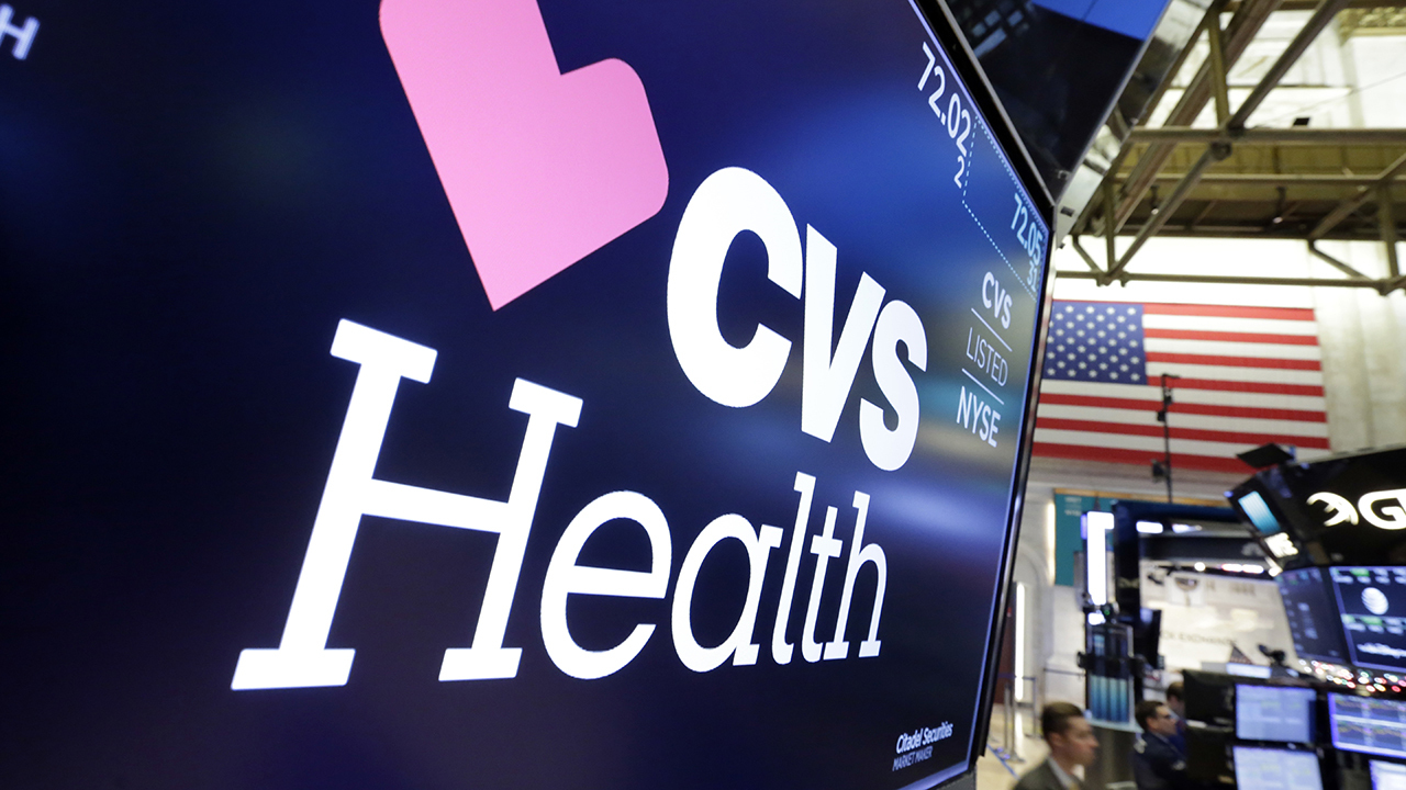 Walgreens and CVS expand 5-minute coronavirus drive-thru testing