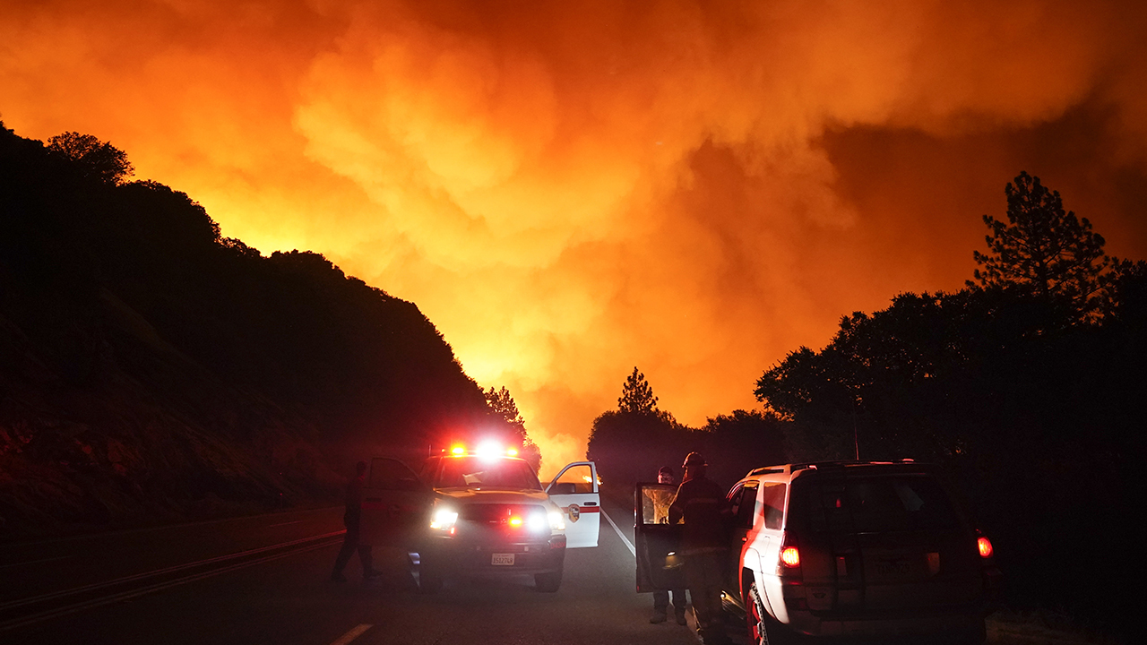 Dozens trapped by Creek Fire in California