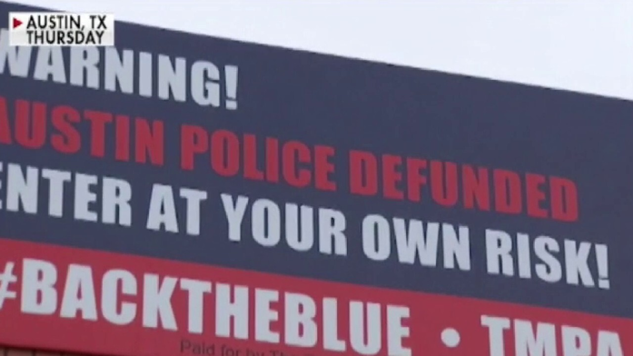 'Enter at your own risk': Texas police union puts up billboards outside Austin