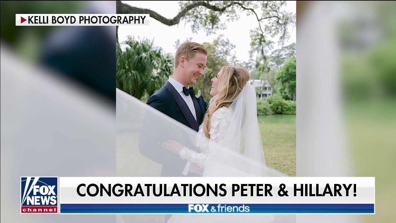 Fox News' Peter Doocy marries FOX Business' Hillary Vaughn