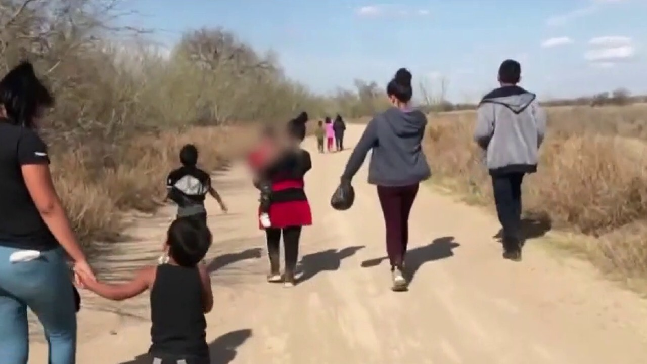 Tucker Carlson: America's southern border has been erased -- does anyone in charge care?