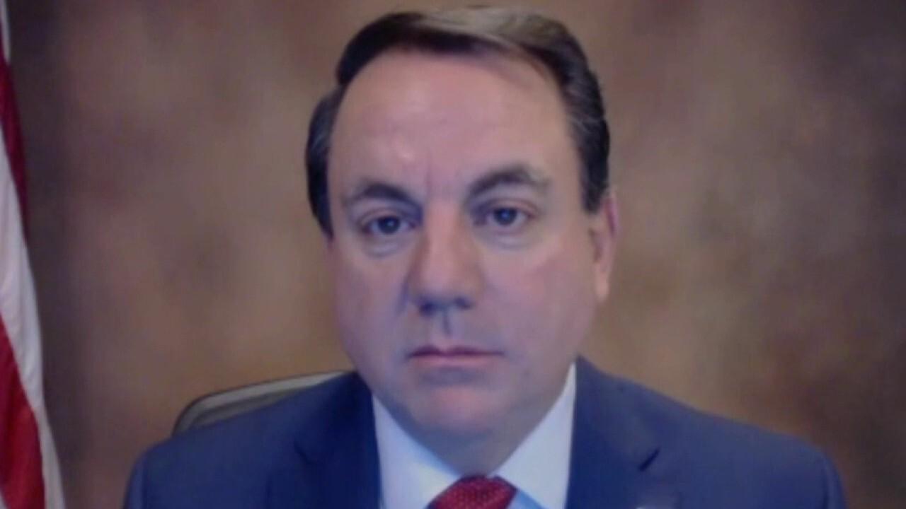Arizona mayor on surge of migrants at US southern border