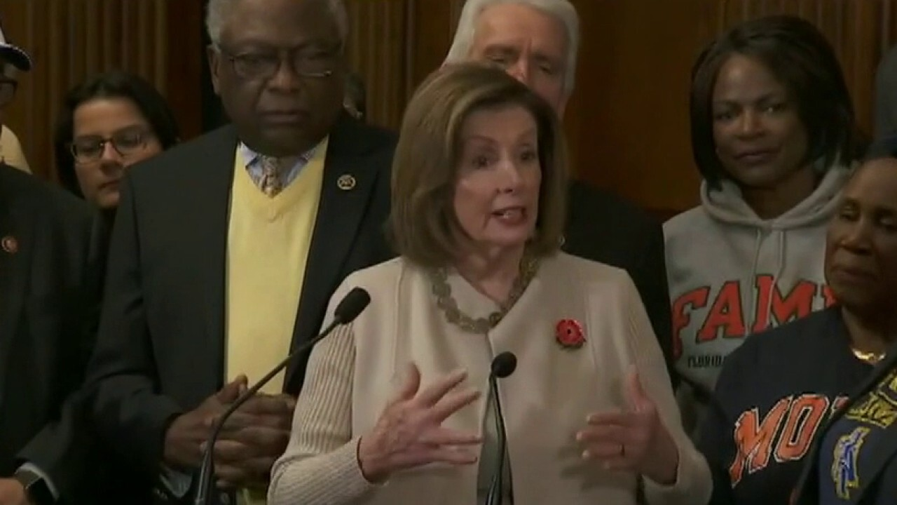 Democrats push national mask mandate as solution to coronavirus pandemic