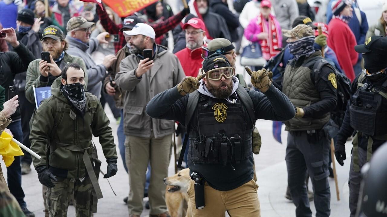 Media renews 'toxic' double standard on riots: 미란다 디바인