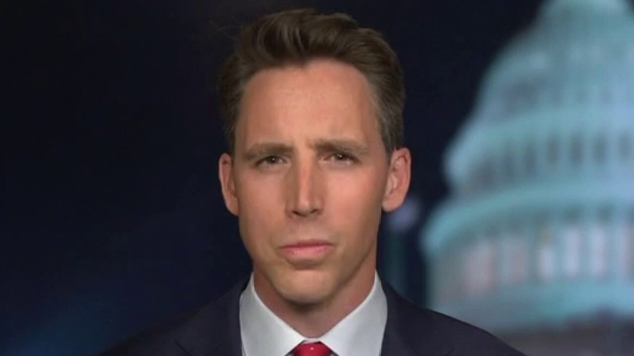 Sen. Hawley: It's 'time to end' censorship of free speech