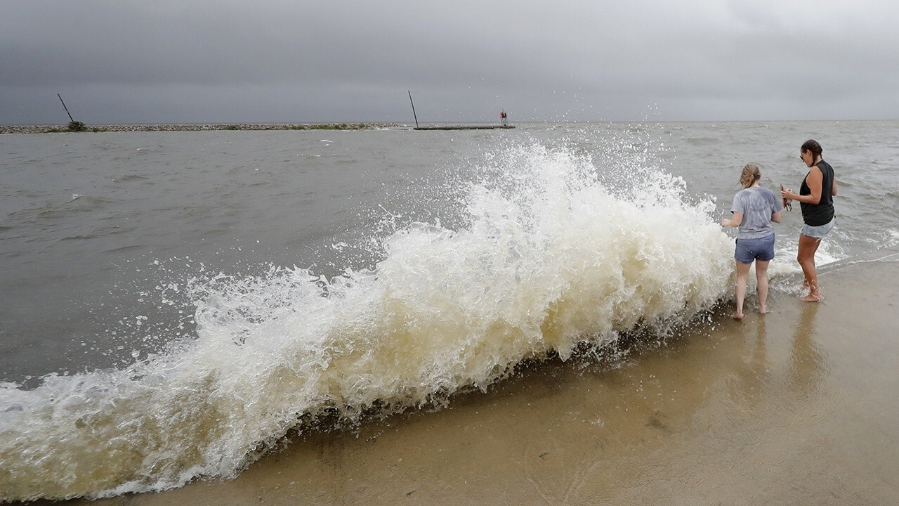Cristobal downgraded to tropical depression, batters Gulf Coast with rain