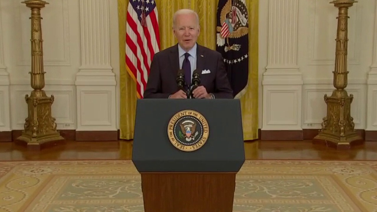 'The Five' react to Biden's jobs 'disaster'