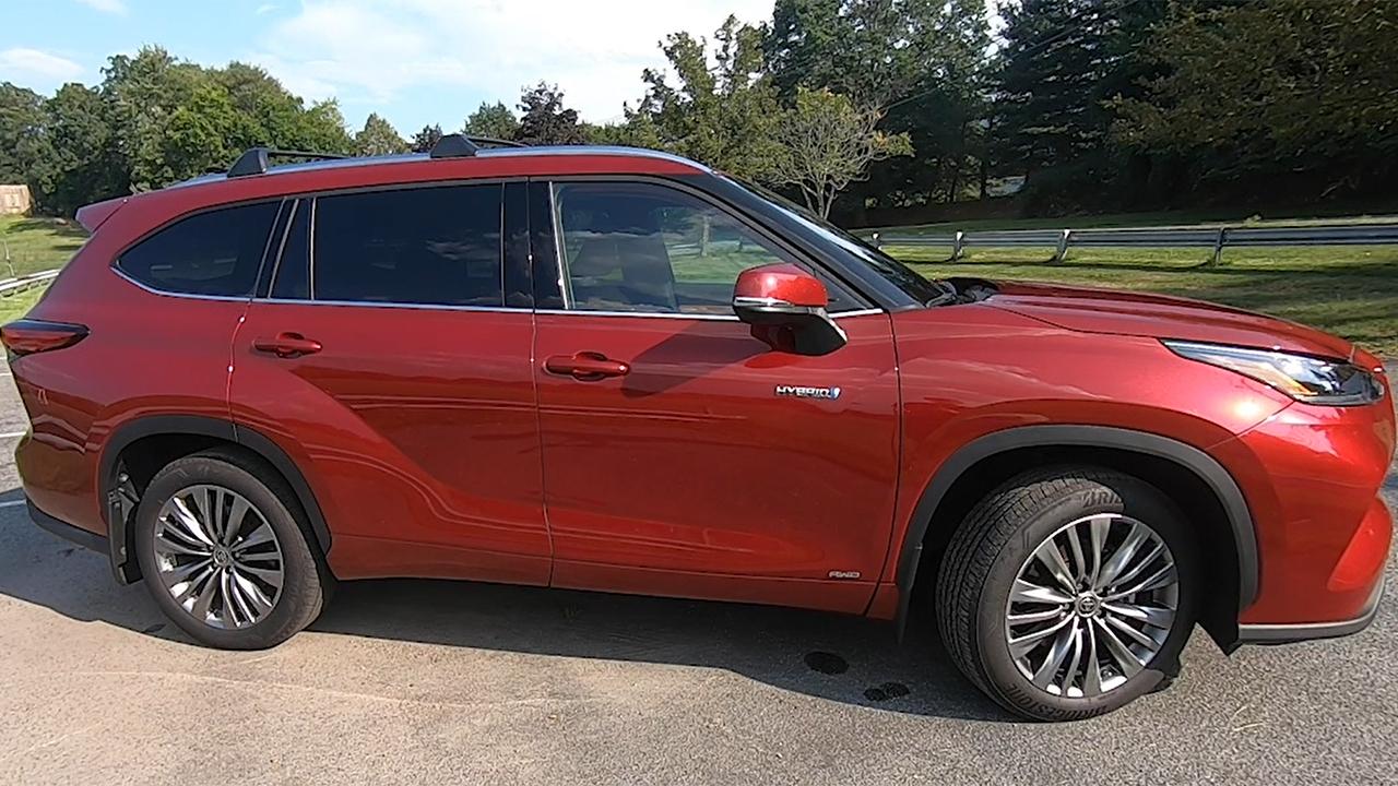 Fox News Autos Test Drive: 2020 Toyota Highlander Hybrid