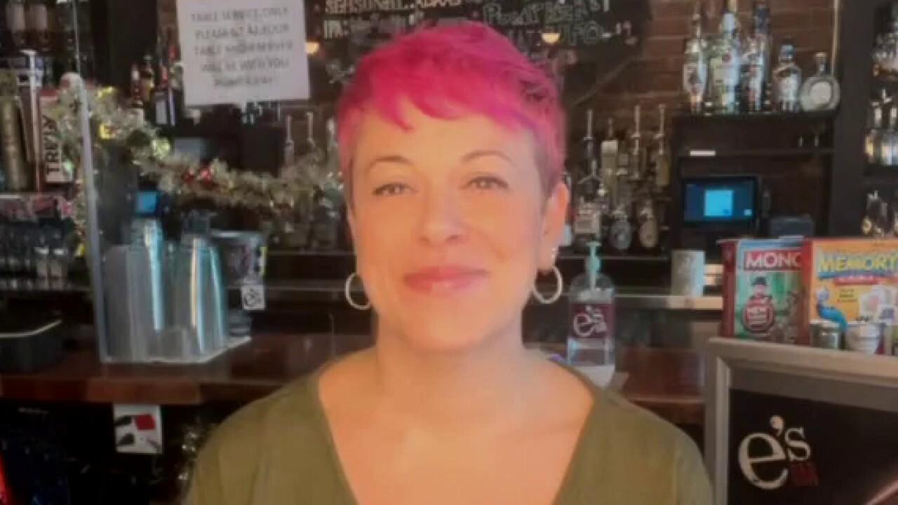 'Impossible' to operate: NYC bar owner slams Cuomo's shifting coronavirus regulations