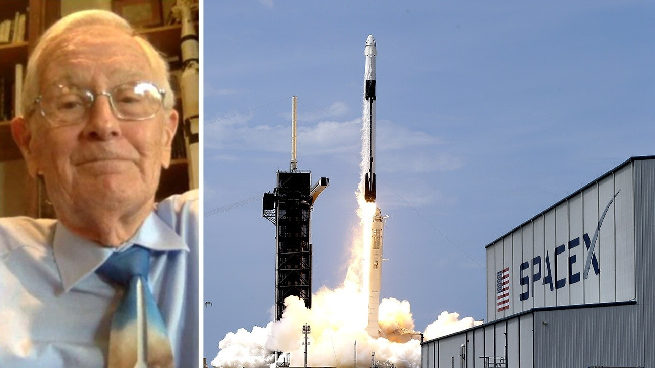 Apollo 16 astronaut Charlie Duke 'very excited' by new era in US space travel