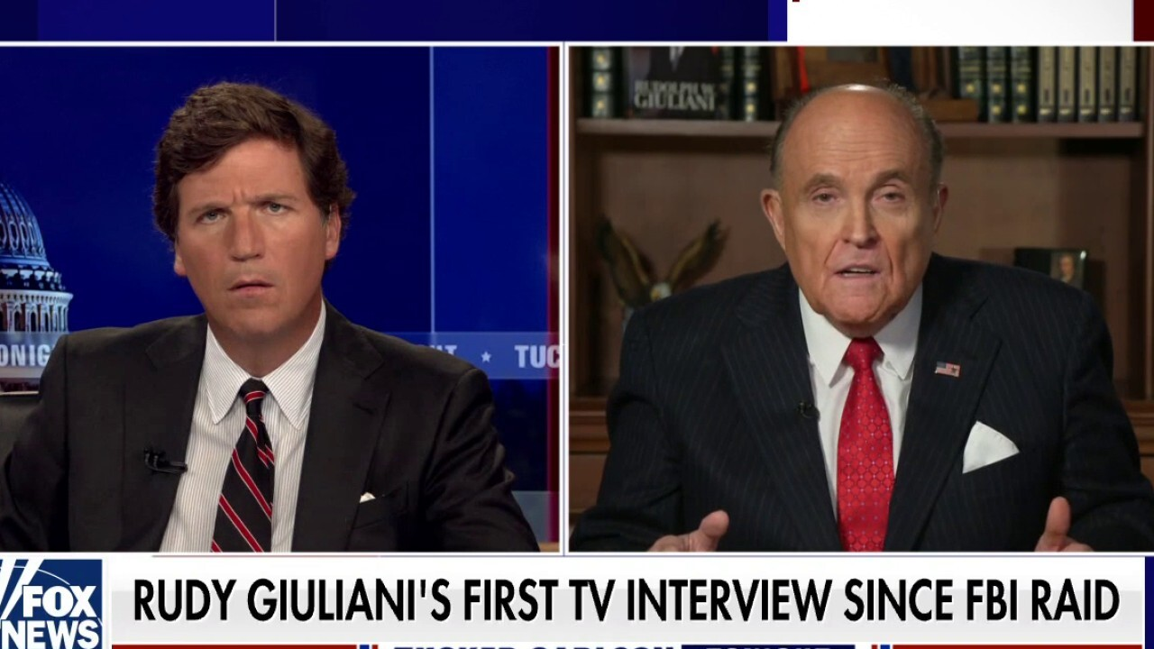 Rudy Giuliani joins 'Tucker' after FBI raid, claims agents showed no interest in Hunter Biden hard drives – Fox News