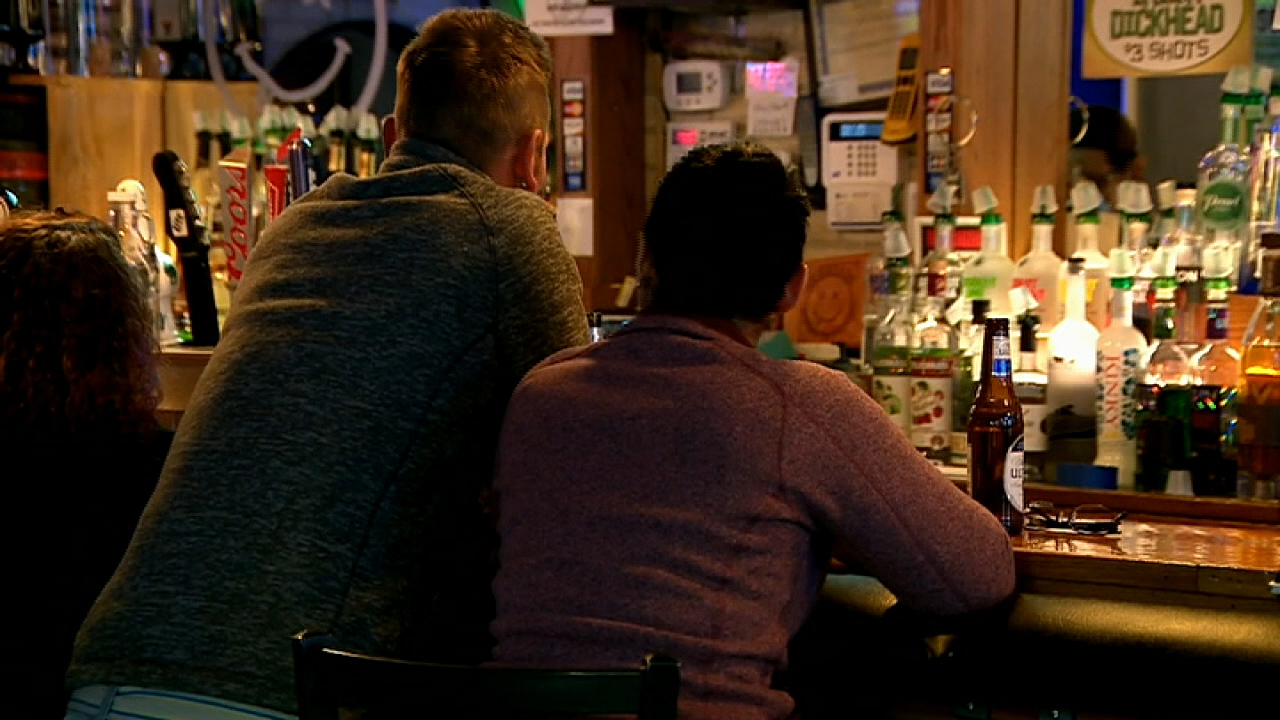 Patrons flood Wisconsin bars after stay-at-home order is struck down