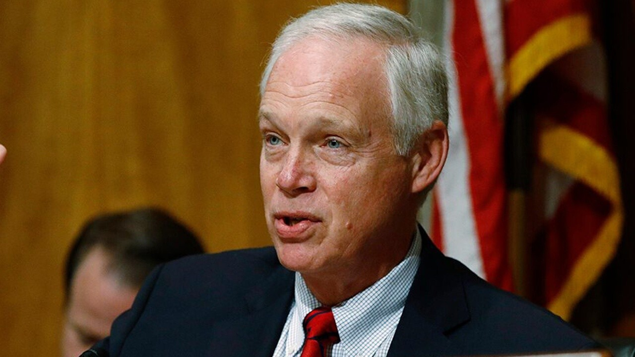 Sen. Johnson subpoenas FBI in review of Russia probe origin