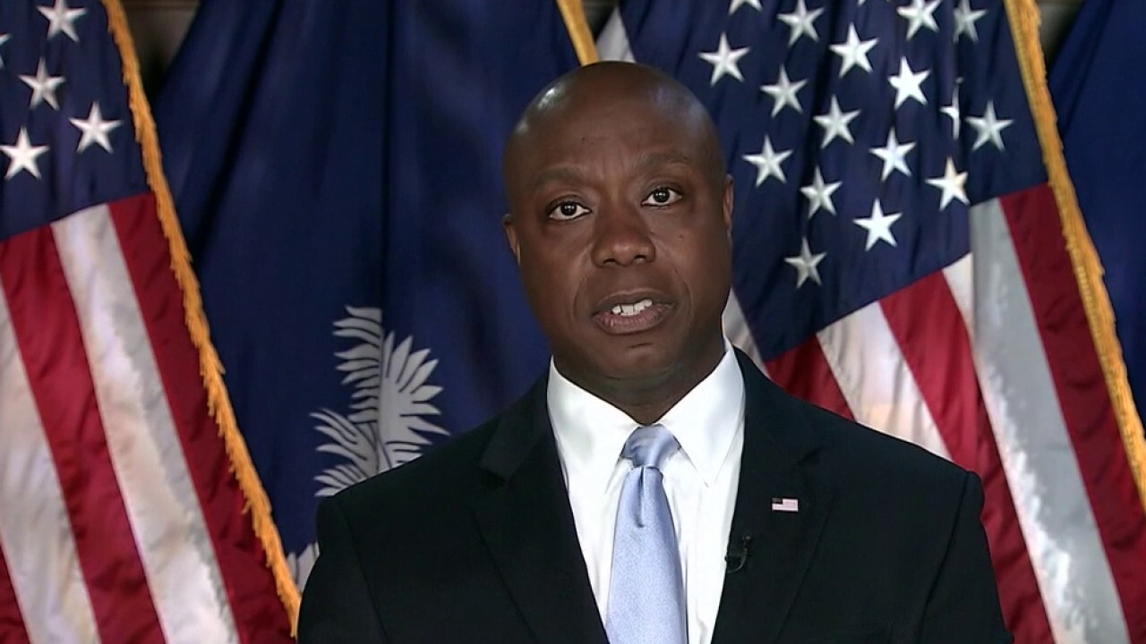 Twitter waits hours before stopping offensive Tim Scott trend