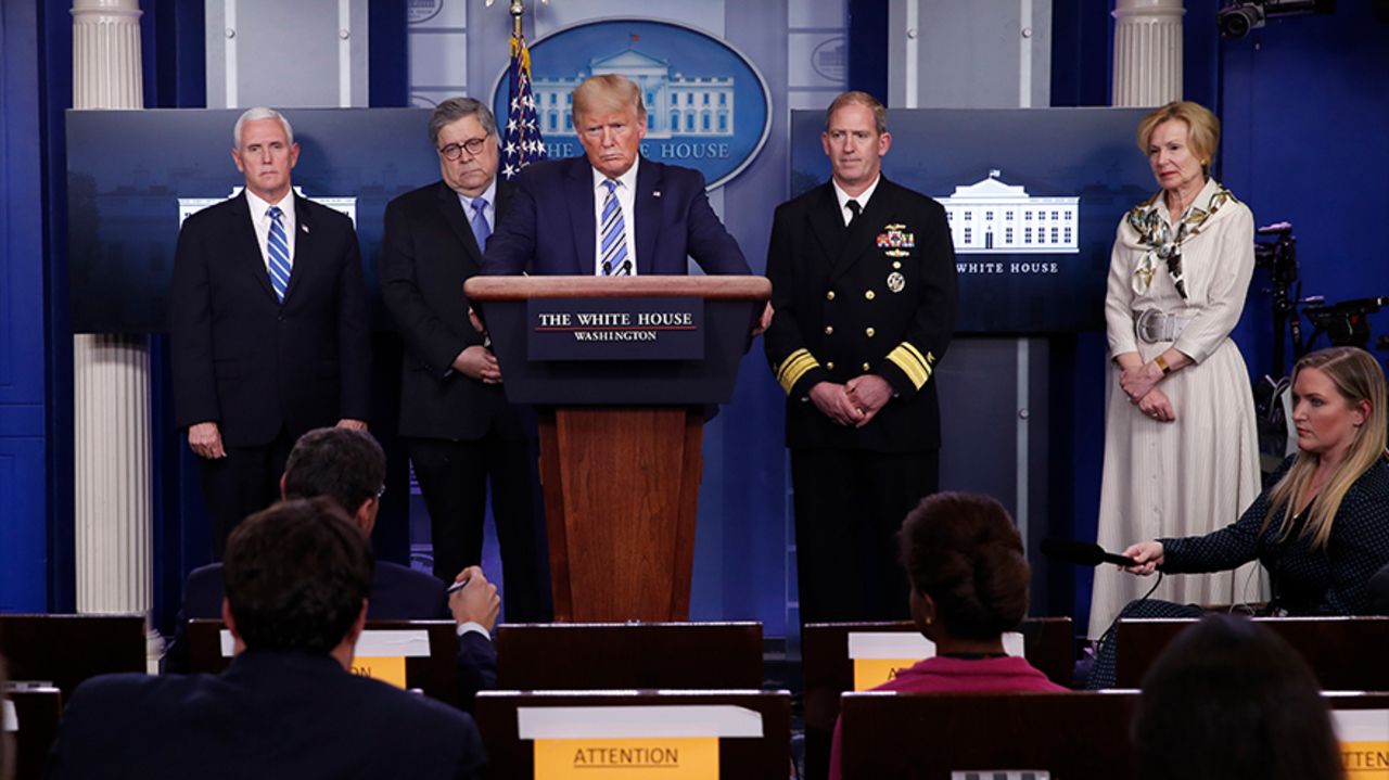 Critics take aim at networks for airing Trump's news conferences