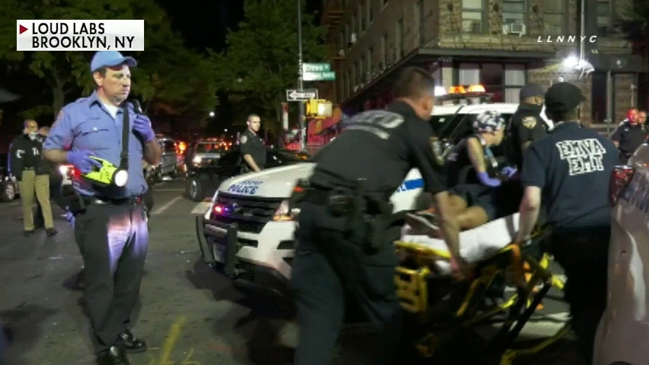 5 shot during street party in Brooklyn, New York