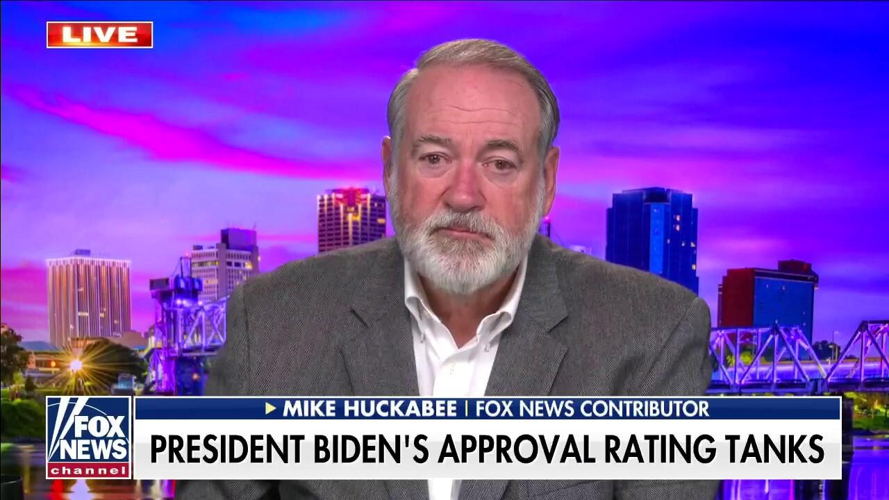 Huckabee: Biden humiliated US, Afghanistan was 'botched'
