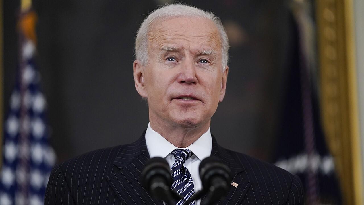Kilmeade blasts Biden for ignoring press questions on Afghanistan