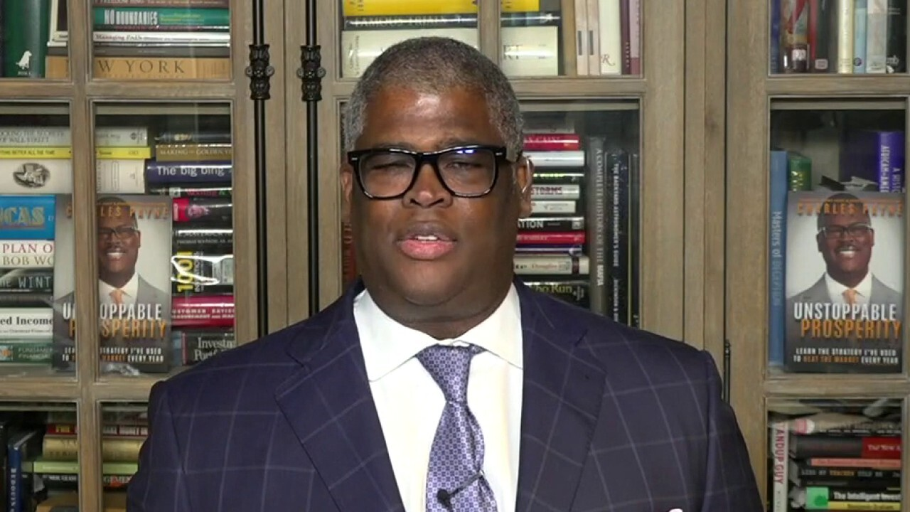 Charles Payne: Cuomo got drunk on celebrity, threats to reopen NY are 'ham-fisted'