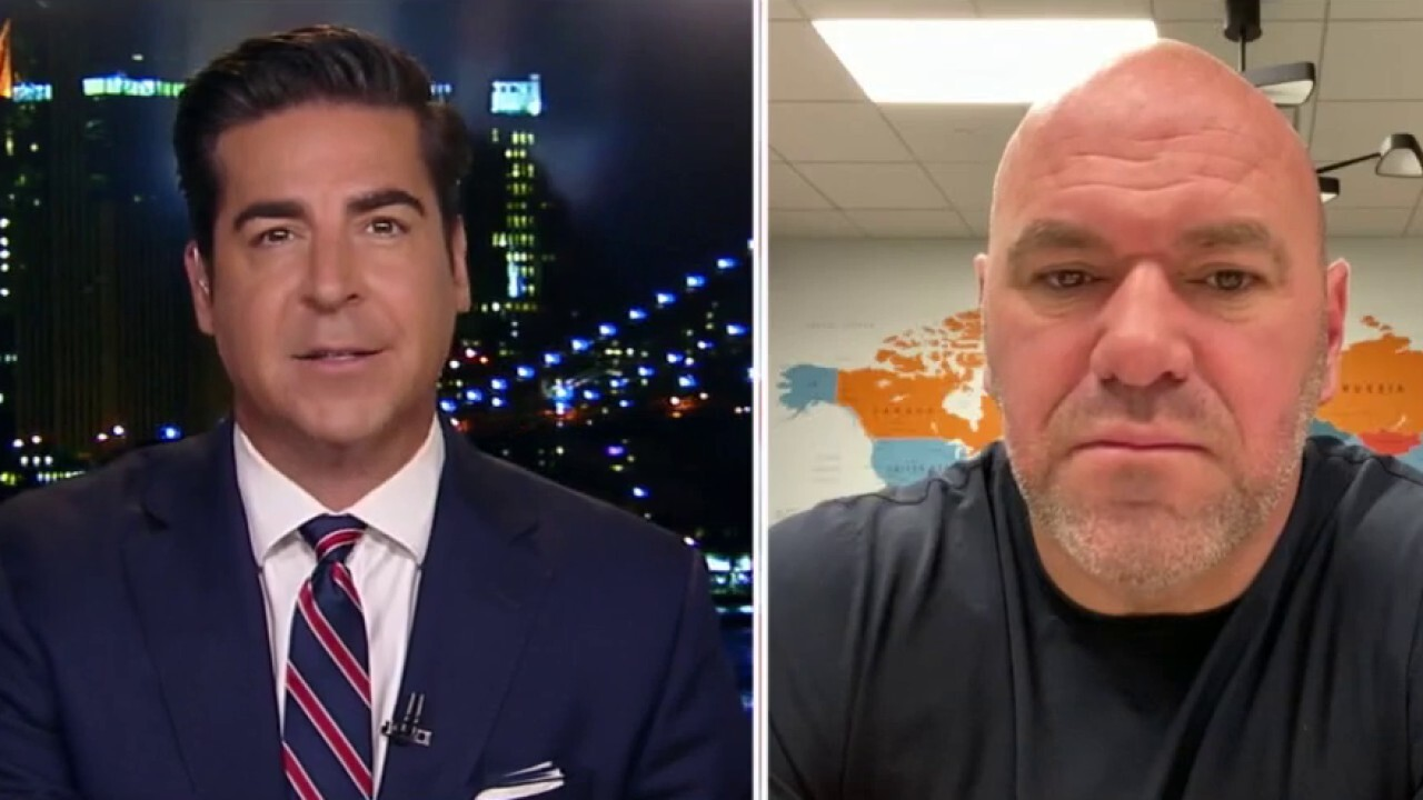 Dana White weighs in on Conor McGregor's big fight injury