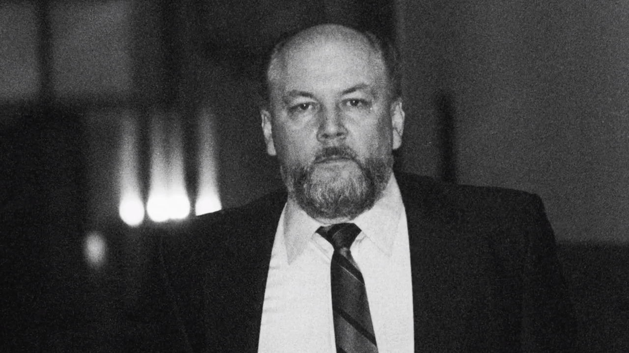Undercover agent who took down notorious serial killer, mob hitman speaks out
