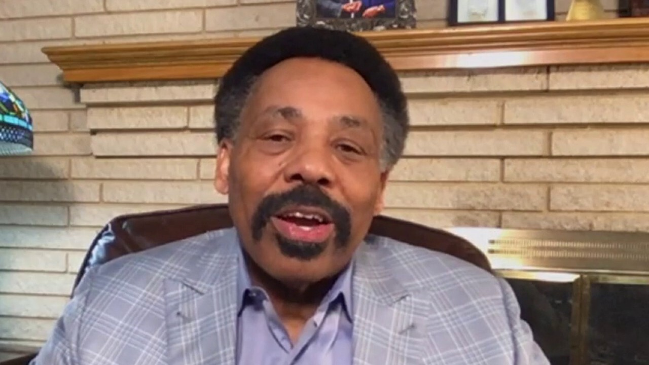 Dr. Tony Evans calls on the church to unify America amid racial unrest